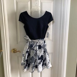 Dress by B Darlin size 5/6 Navy Blue & Floral New